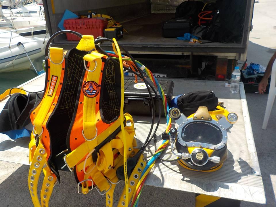 στολή δύτη πορτοκαλί helmet diver