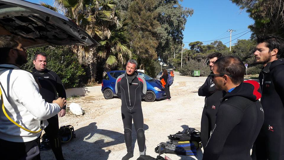 briefing with intermare divers